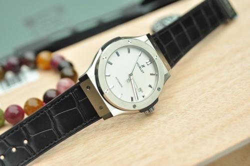 Đồng hồ Hublot 3 kim giá rẻ