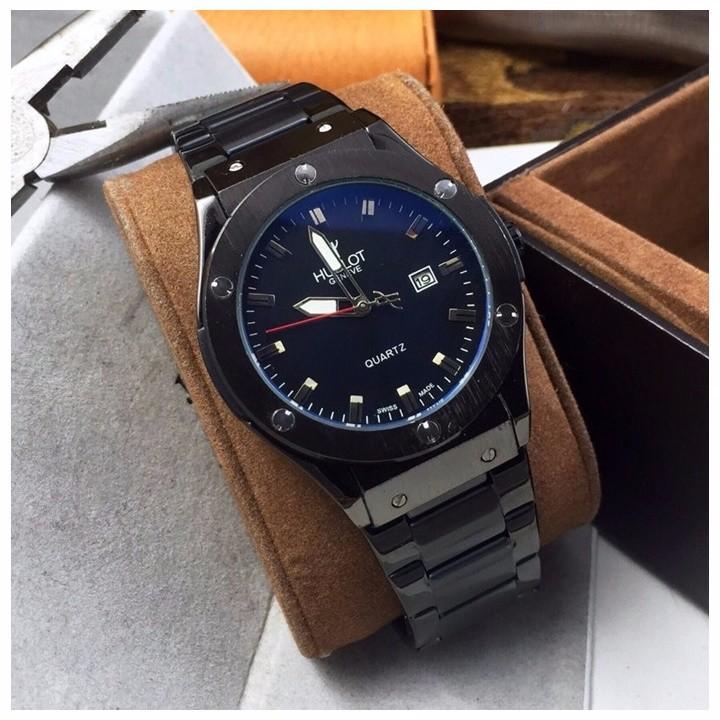 Nên chọn đồng hồ Hublot dây da hay đồng hồ Hublot dây kim loại?