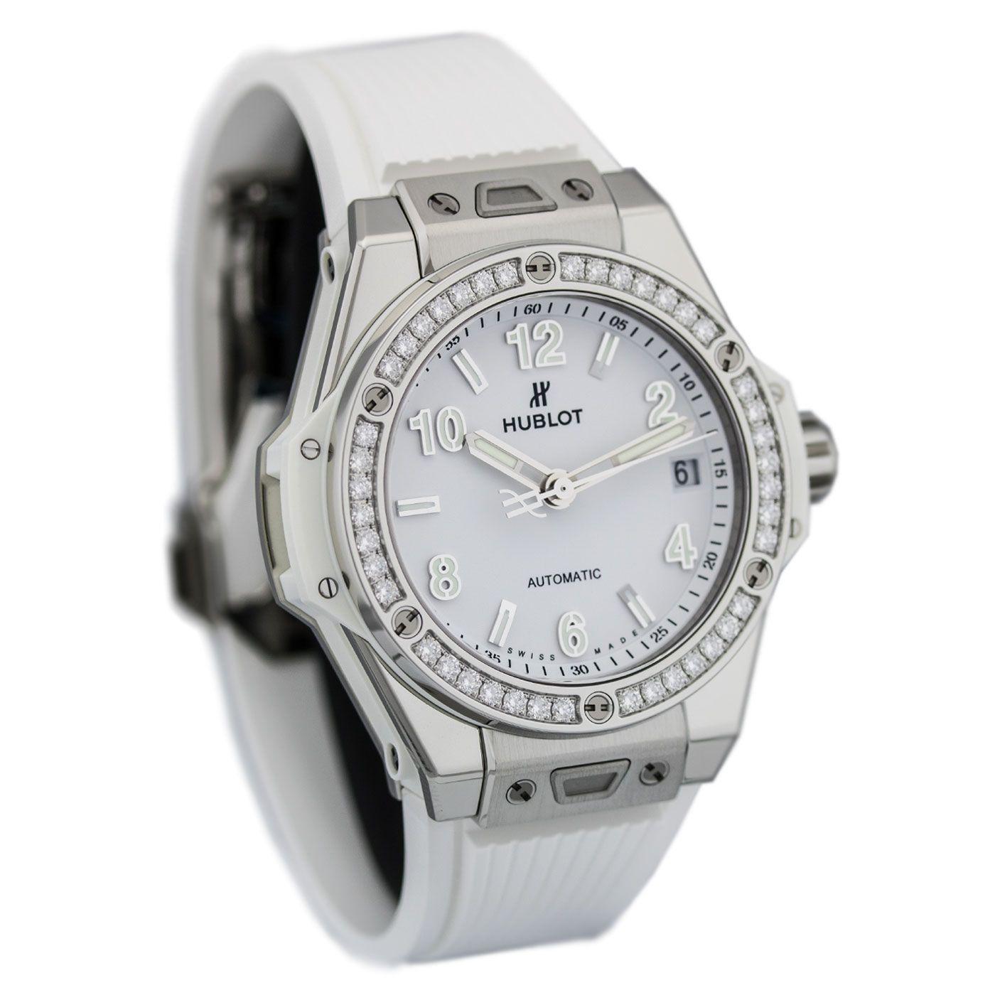 Điểm danh những mẫu đồng hồ Hublot màu trắng sang trọng nhất
