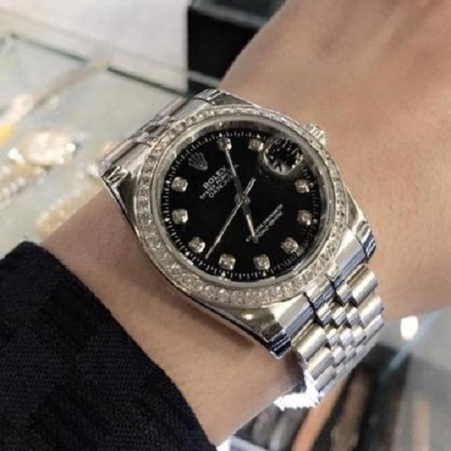 Đồng hồ Rolex đen Submariner Oyster Perpetual