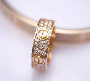 Nhẫn cartier ancarat – nhẫn cưới hoàn hảo dành riêng cho bạn
