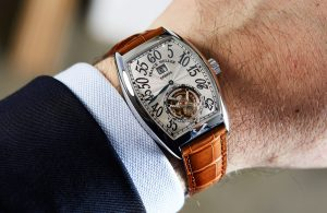 Lý giải nguyên nhân khiến chiếc đồng hồ franck muller v35 có giá đắt đỏ
