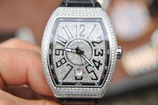 Điều gì quyết định giá trị của đồng hồ franck muller vanguard v41