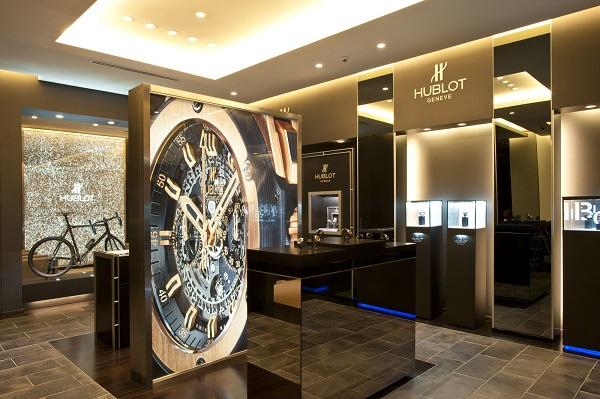 Tuyệt chiêu để biết địa chỉ bán đồng hồ Hublot UY TÍN, TIN CẬY