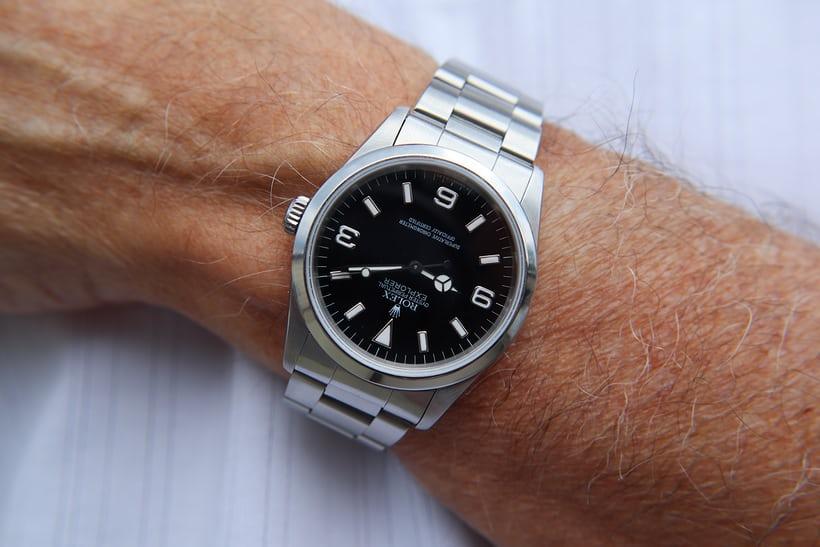 Những điều bạn cần biết về đồng hồ Rolex Explorer Ref. 14270