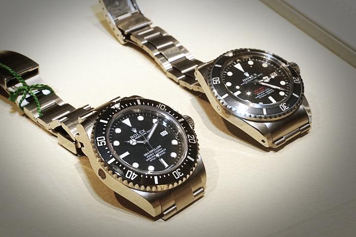 Vì sao đồng hồ Rolex Sea Dweller có khả năng chống nước 4000ft?