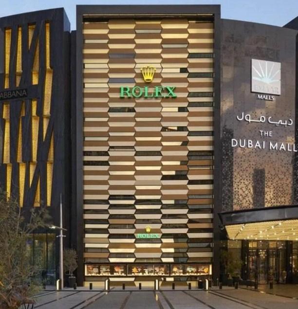 Ghé thăm cửa hàng bán đồng hồ Rolex lớn nhất tại Dubai