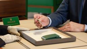Bảo dưỡng đồng hồ Rolex như thế nào và những điều cần biết