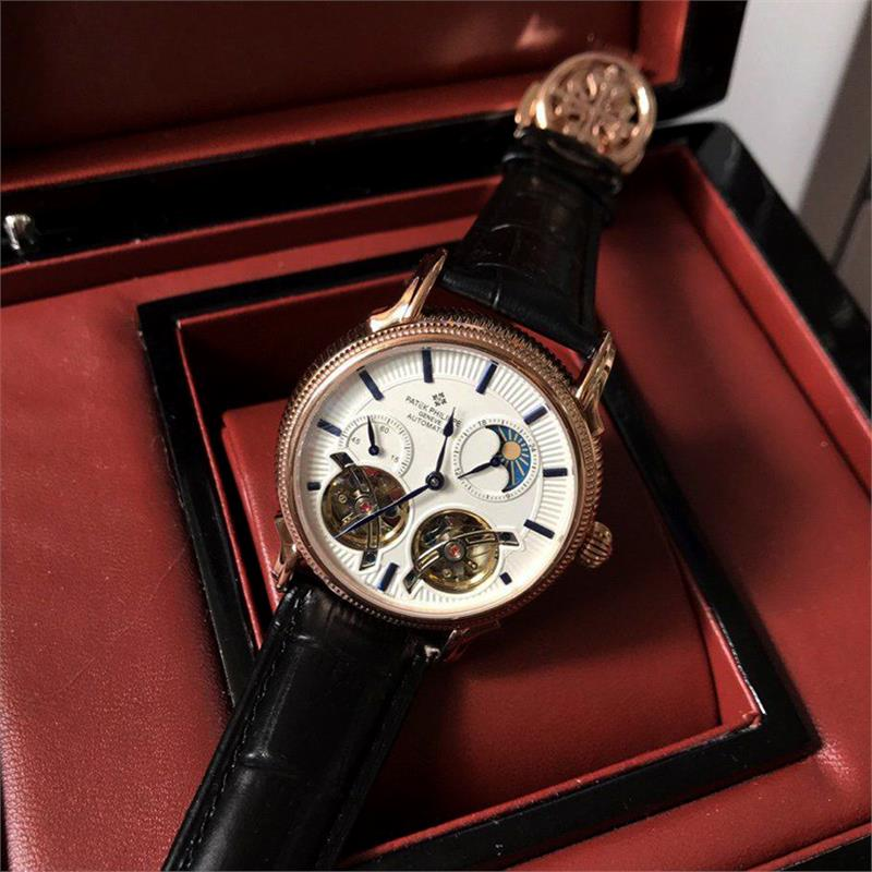 Ngỡ ngàng với mức giá đồng hồ Patek Philippe Geneve Automatic
