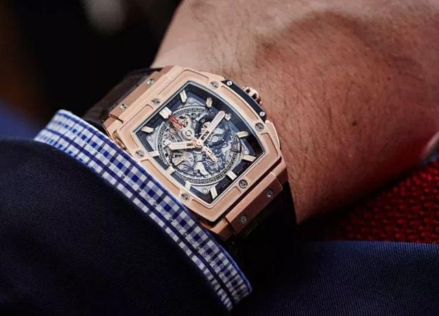 Ai nên đeo đồng hồ Hublot mặt vuông để đẹp và sang trọng nhất